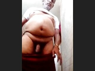 Indian black bulky daddy..