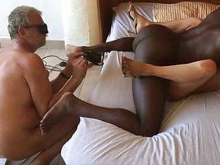 A Beauty Wife And A Bbc For Her