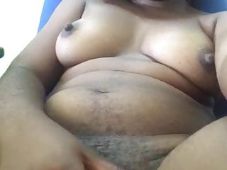 Huge African Slit Pussy rubbing