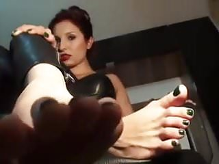 BARE FOOT & Foot Domination