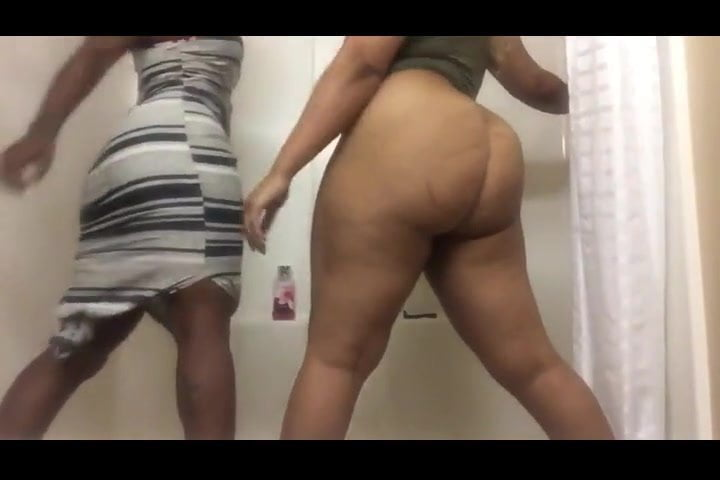 Asian Girl Twerking Dick