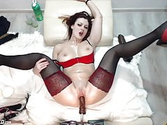 webcam slut on fuck machinePorn Videos